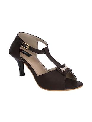 Footwear Flat 60% OFF