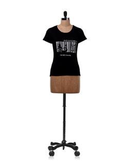 Black 'Aquarius' Zodiac T-shirt - OFFBEAT