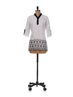 White Shirt With Hakoba Embroidery - AND