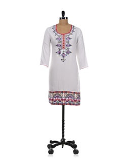 White Kurta With Ethnic Geometric Print - Global Desi