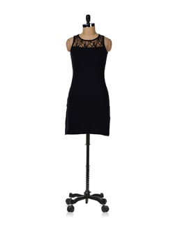 Black Lace Dress - GRITSTONES