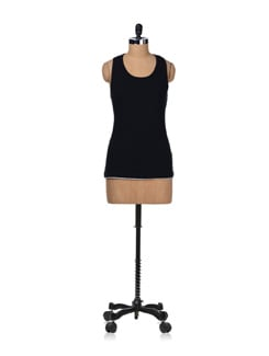 Basic Black Racer-back Tank - STYLE QUOTIENT BY NOI