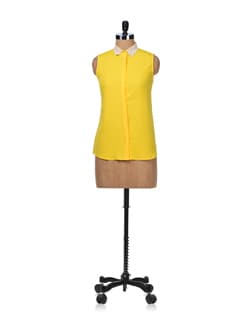 Yellow Top With Lace Collar - Besiva