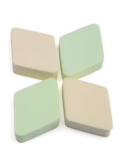 Diamond Shaped Foundation Sponge - Basic Care