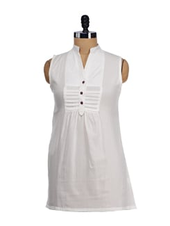 Sleeveless White Short Kurti - SATTYAA