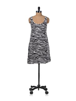 Stylish Zebra Print Keyhole Dress - Miss Chase