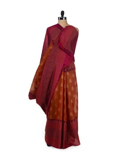 Chic Gold-Magenta Cotton Silk Ikat Saree - Aryaneel