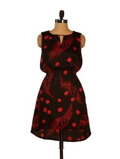 Black & Red Printed Asymmetric Dress - ENAH