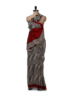 Black & White Wave Printed Saree - Saboo