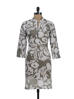 White And Grey Kurta In An Abstract Floral Print - Vedanta