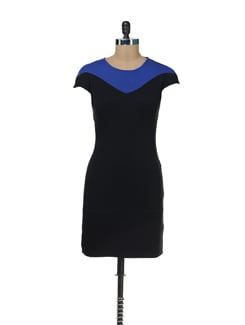 Short Sleeved A-Line Black Dress - Femella