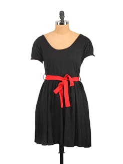 Black Dress In Frock Style Fashion - GRITSTONES