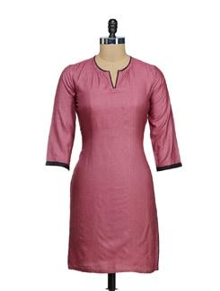Elegant Pink & Black Silk Kurta - Fami India