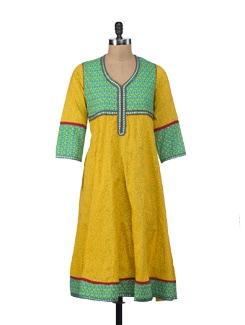 Printed Cotton Kurta In Striking Yellow - NAVYOU