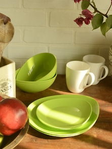 Green Egg Shaped Serving Set Of 6 Pieces - TRUST And GUESS