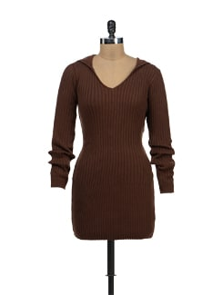 Brown Knitted Sweater With A Hoodie - TREND SHOP