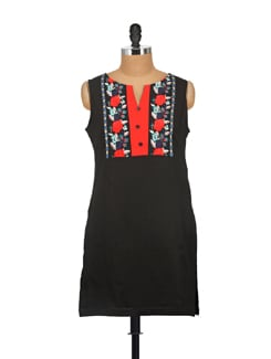 Black Embroidered Kurta - AKYRA