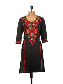 Elegant Black Embroidered Kurta - AKYRA