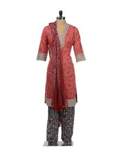 Colour Blocked Floral Print Suit - KILOL