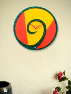 Bright Crystal Encrusted Wall Clock - Zeeshaan