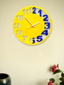 Yellow And Blue Engraved  Wall Clock - Zeeshaan