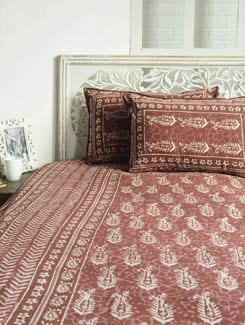 Block Printed Maroon Paisley Print Bed Sheet Set - Sakrip