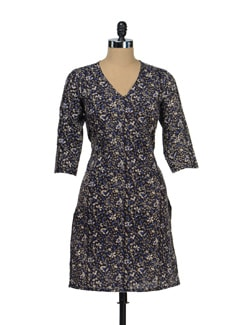Black & Blue Floral Kurta - Fami India