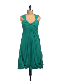 Pleated Flared Dress - Guster Ve..