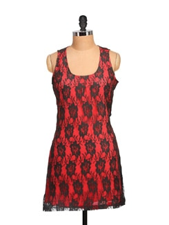 Lacy Red & Black Sleeveless Dress - Tapyti