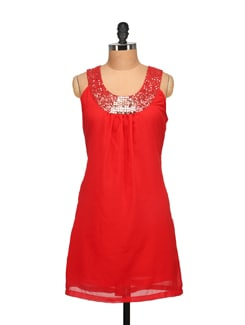Trendy Red Sequined Dress - Tapyti