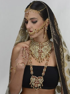 Gorgeous Stone Embellished Bridal Set - THE PARI