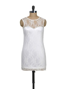 White Lace Dress - Schwof