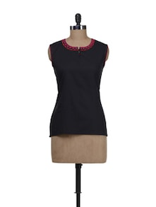 Sleeveless Black With Potli Buttoned Neckline - Maandna