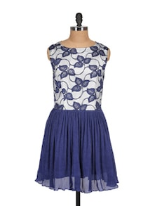 Blue & White Floral Lace Dress - MARTINI