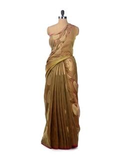 Organza Silk Saree With Paisley Motifs With Attached Blouse Piece - Bunkar