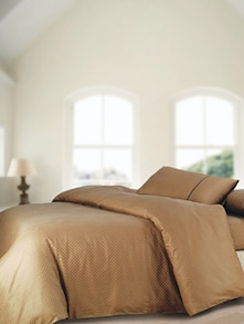 Luxe Brown Super King Bedsheet With Pillow Covers - Oxford