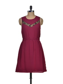 Chic Wine Lacy Dress - Besiva