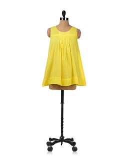 Sleeveless Flared Top In Yellow - RIGOGLIOSO