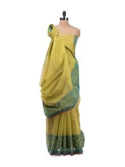 Green Cotton Saree With Contrast Border - Bunkar