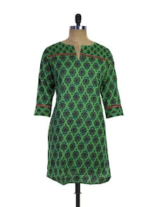 Printed Green Cotton Kurti - Purab Paschim