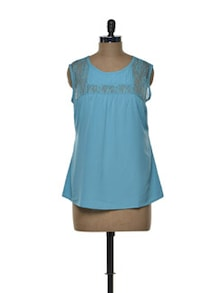 Refreshing Turquoise Lace Yoke Top - Tapyti
