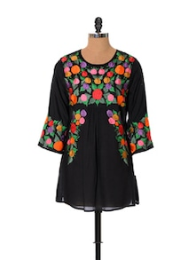 Casual Floral Black Top - URBAN RELIGION