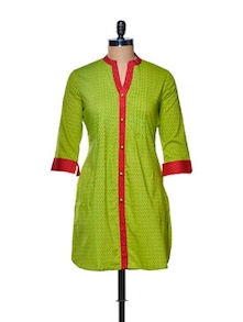 Green Kurta With Contrasting Red Piping - Paislei