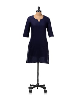 Navy Kurta With Round Neck And 3/4th Sleeves - Aurelia