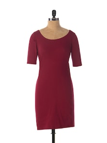 Maroon Swoon Flattering Dress - Miss Chase