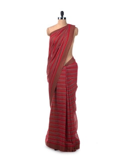 Colour Block Handloom Cotton Saree In Deep Red - Desiweaves