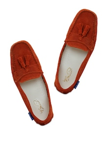 Rust Loafers With Fringes - La Briza