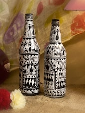 Black And White Fine Saura Art Handpainted Bottle(Set Of 2) - ARM'S