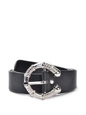 Black Faux Leather Belt With A Fancy Metal Buckle - QUEST