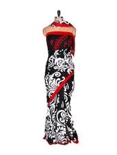 Black Printed Saree With Blouse Piece - PetraFab